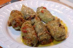 Sarmale o Rollitos de carne con hojas de repollo. Receta típica rumana ☆☆