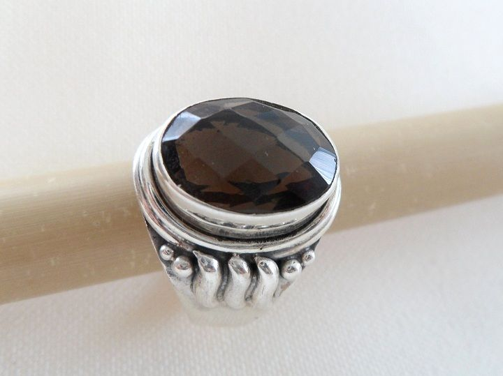 * SMOKY QUARTZ RING * * Sterling Silver * * Size 8 *