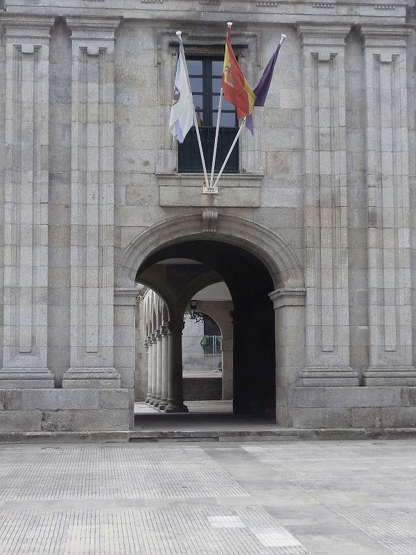 1000 Lugares en Galicia: Monasterio de Santa María de Meira, Lugo. Parte 1. Exterior. Iglesia, Fachadas. Claustros.
