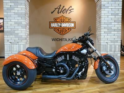 2008 Harley-Davidson Trike - Orange & Black paint - Alefs Harley-Davidson in Wichita, KS - www.chopperexchan...