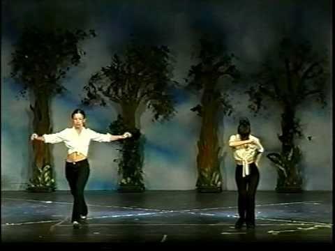 """Μαθήματα χορού """"danza nativa"""" Elena Markeze, zeibekiko choreography - YouTube"""