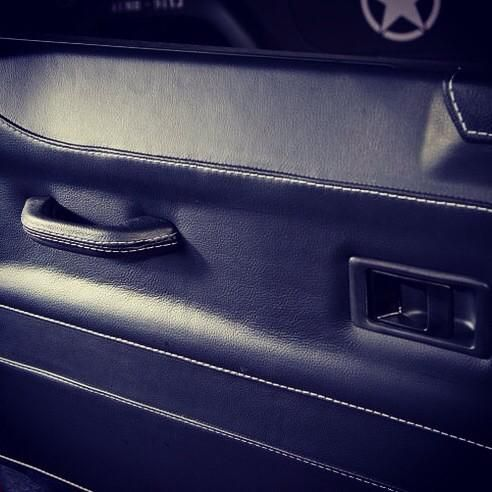 Land Rover Defender Auto Grain Leather Trimmed Door Panels http://www.ruskindesign.co.uk/
