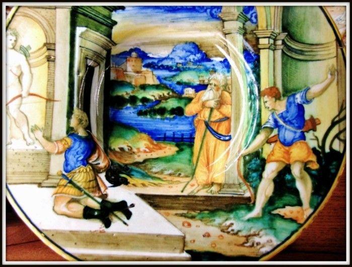 """Chateau-Ecouen- Pâris tuant Achille- Dans la mythologie grecque, Paris est un prince troyen, fils du roi Priam et d'Hécube. Achille est honoré comme un héros, voire comme un dieu par le monde grec. Beau, valeureux, champion d'une morale orgueilleuse de l'honneur, il incarne """"l'idéal moral du parfait chevalier homérique""""."""