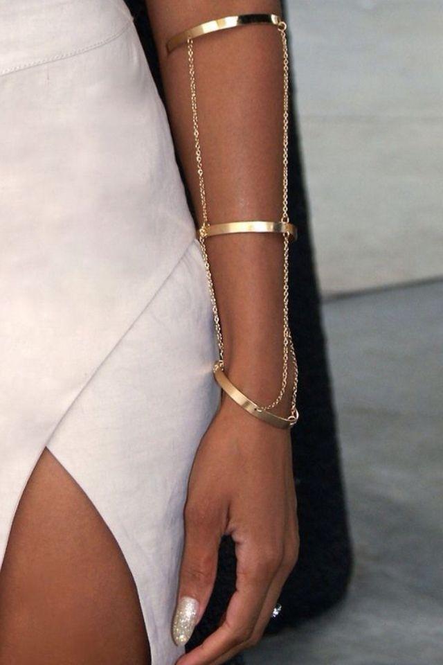 Accessoires machen dich. Ein kleiner Hauch von Gold oder Silber schickt Sie zu einem   – diy tattoo images