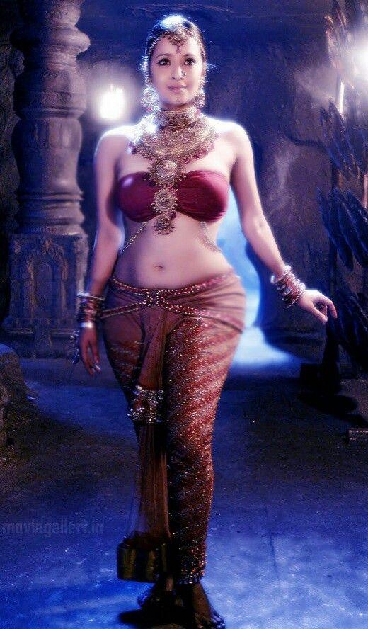 Reema sen, A Queen of curves & voluptuous