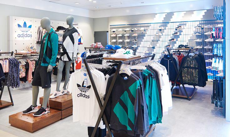 Conheça a nova colecção no espaço Adidas Originals no Piso 3 do El Corte Inglés de Lisboa.