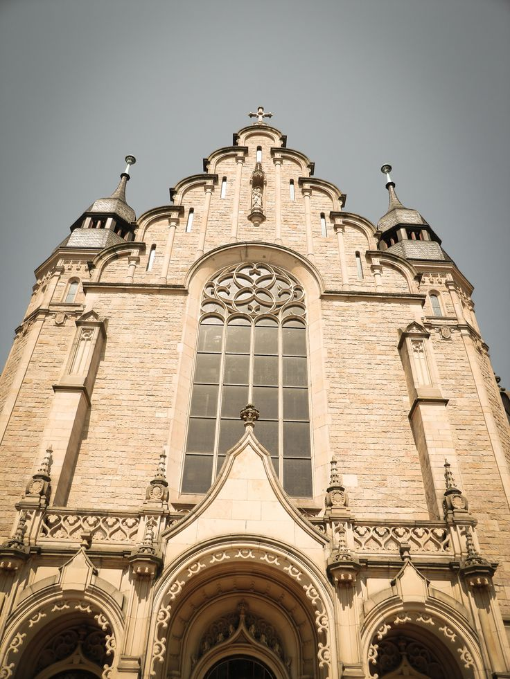 St.Joseph Kirche in Speyer. Haupteingang