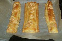 Speck-Käse-Blätterteigstangen wie vom Bäcker