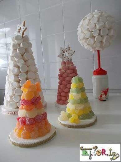 Alberi di gelatine di frutta e di marshmallow per un Natale più dolce.....
