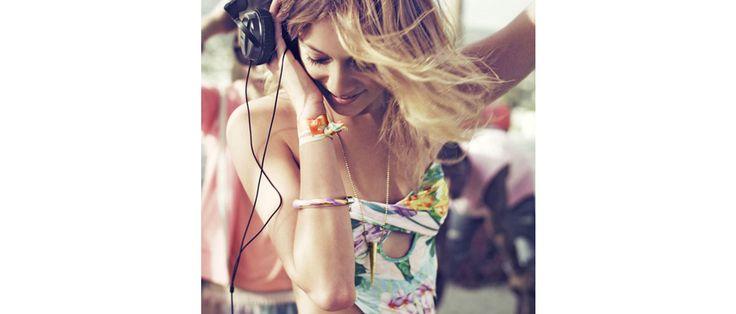 Pour sa troisième édition, le festival H&M Loves Music revient le 14 juin prochain à Paris au centre Electric, pour une soirée inspirée des fêtes new-yorkaises des années 90. En parallèle, une série de rendez-vous musicaux organisés dans plusieurs villes de France rythmera la saison estivale.
