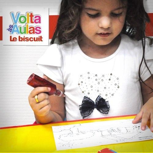 Desenhar é um dos passatempos favoritos das crianças. Ainda bem que na Le biscuit tem um monte de materiais para deixar a brincadeira ainda mais divertida! :)