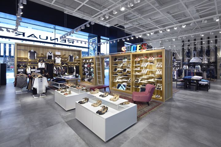 Renuar flagship store by Bilgoray-Pozner, Ramat-Gan – Israel » Retail Design Blog
