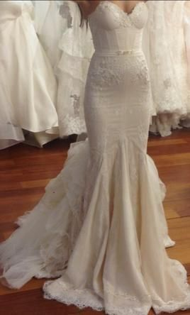 Inbal Dror BR-13-23   4: buy this dress for a fraction of the salon price on PreOwnedWeddingDresses.com