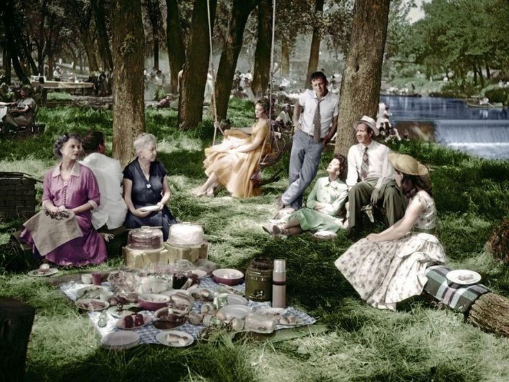 picnic weird - Google keresés