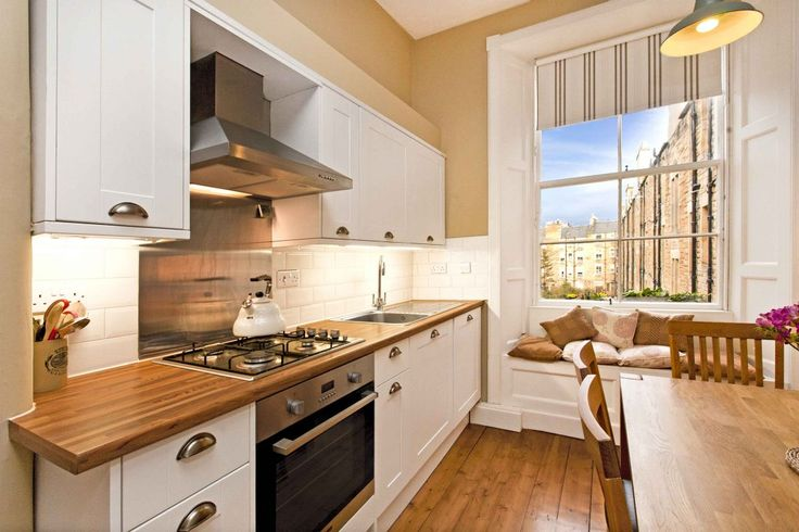 Blessed with the grand proportions, soaring ceilings and magnificent windows synonymous with traditional Edinburgh tenements, this one-bedroom flat has retained a wealth of...