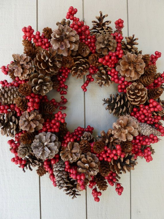 Cute and easy pine cone wreath!  Take the kids to the park to find the pine cones.