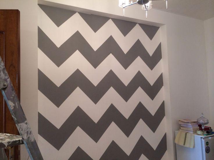DIY Chevron wall .. Done !