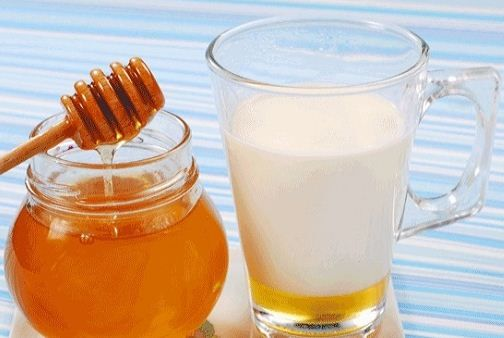 What is Dry Cough? Causes | Natural Remedies