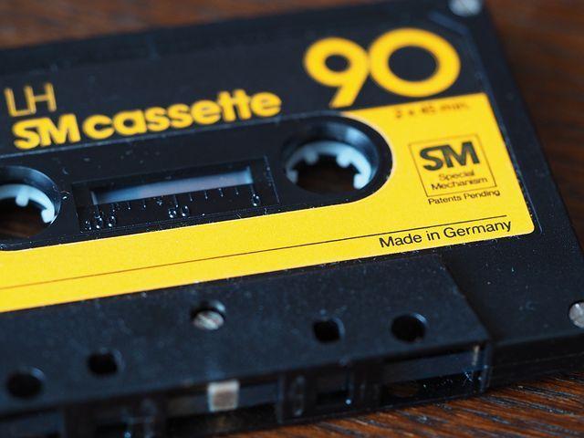 Casette, Compact Casette, Escucha