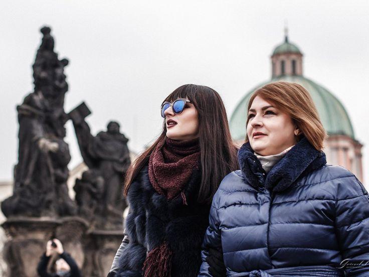 Фотопрогулки с мамой в Праге💕 За подробной информацией обращайтесь: ✅директ @alenagurenchuk 📱+420608916324(WhatsApp/Viber) ✉alena.gurenchuk@gmail.com 🌐alenagurenchuk.com/pages/contact/ ~~~~~ Фотография в категории: #alenagurenchuk_family ~~~~~ #alenagurenchuk #photographerprague #photographerinprague #prague #praguephotographer #фотопрогулкапопраге #фотосессиявпраге #Прага #фотографвпраге #фотографпрага #фотографвчехии #лавсторивпраге #фотосессияпрага #fotografpraha #fotografvpraze #praha…