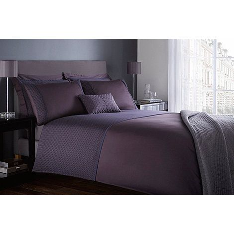 Inspired by the most luxurious hotel bedrooms, this duvet cover is designed by Jasper Conran and typical of his refined and contemporary style. In pure cotton, it features a combination of elegant purple panel and border detailing for the ultimate in chic sophistication.