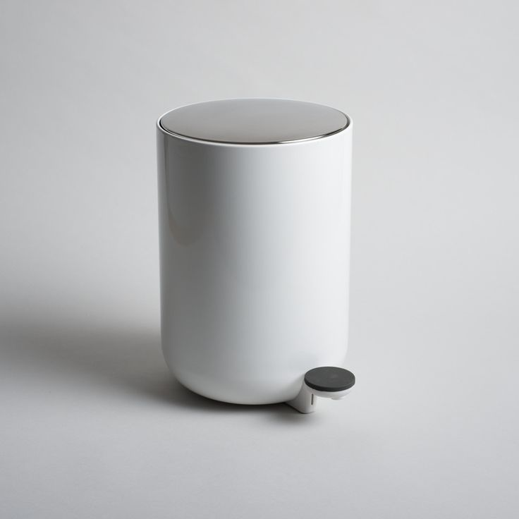 Norm Architects Pedal Bin - white or black