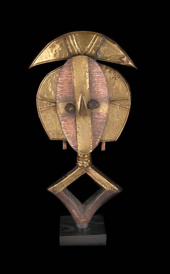 Africa   Reliquary Guardian Figure from the Kota people of Gabon   Wood, brass and copper. @designerwallace