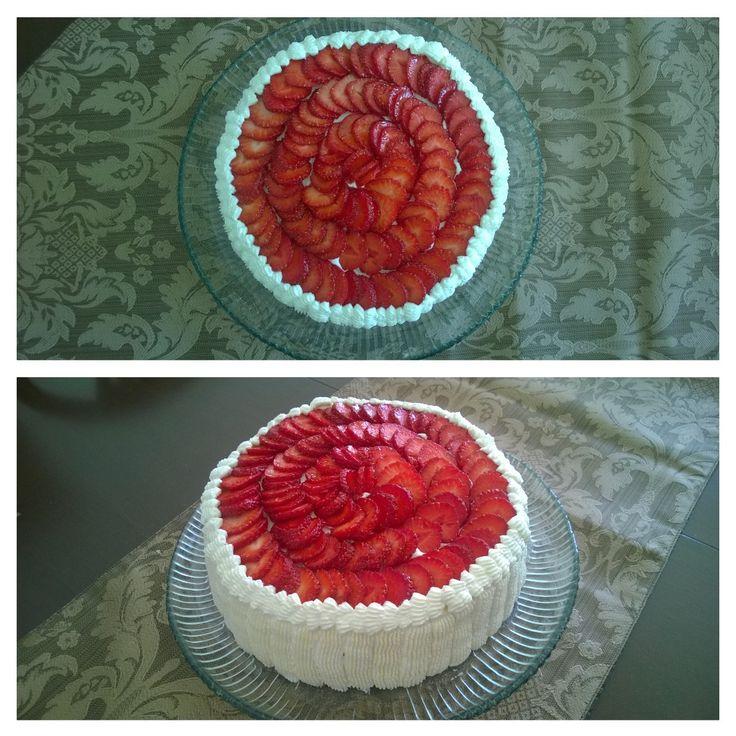 Strawberries cake/Mansikkakakku elokuussa 2015