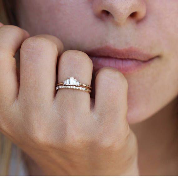 Anel de noivado Baguette, anel de noivado Art Deco, anel de diamante Baguette, anel de cinco diamantes, Art D   – jewells