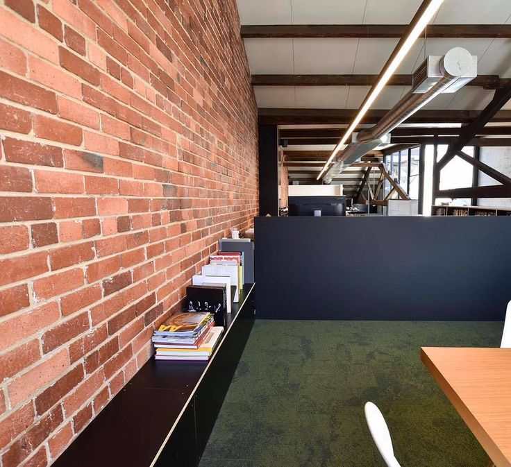 The Sphera Linea pendant, seamlessly lighting up this architectural office space in Cubitt St, Cremorne. #lightdifferently #lightingdesign #architectual