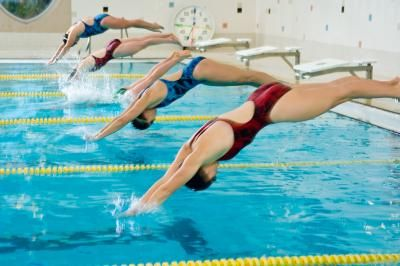 What are the rules for competitive swimming.