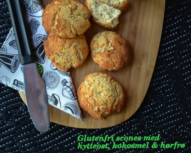 Brændstof: Scones med hytteost, kokosmel & hørfrø (glutenfri)