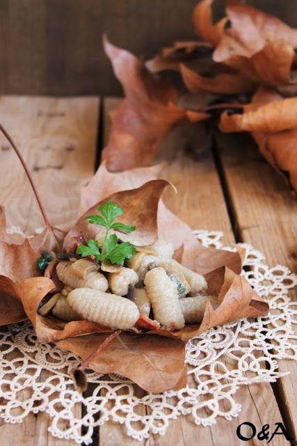 Gnocchi di Castagne con Funghi e Speck