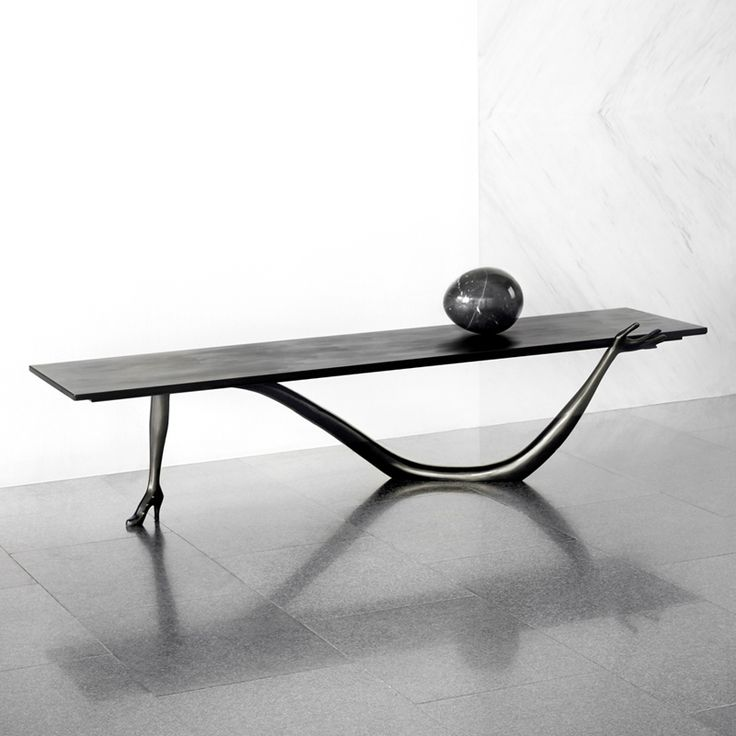 LEDA LOW TABLE   BLACK LABEL Designed By Salvador Dali