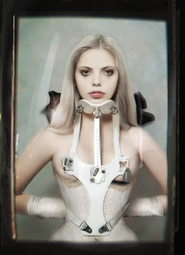 Fetish neck brace corset