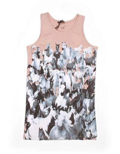 Oudroze Mia jurk met paardenprint - Stella Mccartney Moet ik toch pinnen : een jurk met mijn naam !