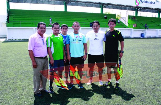 """Los """"MANTECAS"""" ahora árbitros de futbol"""