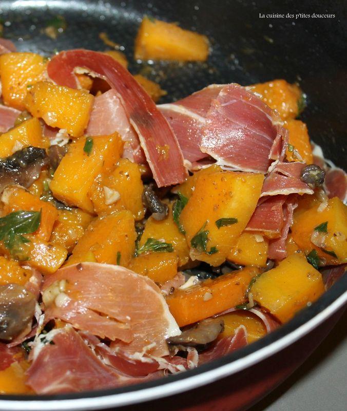 Gratin de butternut, champignons, jambon serano et cantal