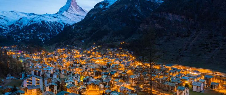 A closer look at ski markets around the world reveals the home trends and market developments that are driving buyers to the slopes. Brought to you by Marcie Hahn-Knoff  REALTOR®   Broker, PureWest Christie's International Real Estate homeinbozeman.com