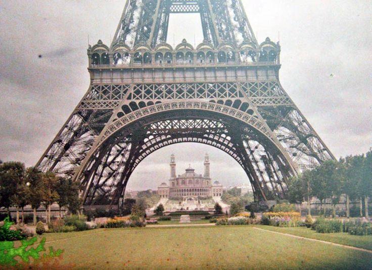 Vzácné barevné fotografie Paříže z roku 1914