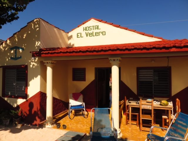 Hostal el Velero Owner:                    Evelio Marrero               City:                      Playa Larga                   Address:                 Calle 5 #36, Playa Caleton            Breakfast:                Yes           Lunch/ diner:            Yes       Number of rooms:     3