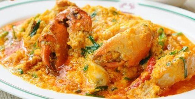 fried crab curry ปูผัดผงกระหรี่ , Somboon seafood Bangkok Thailand