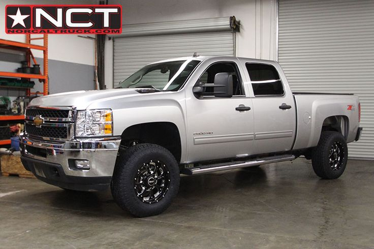 The 2012 Chevy 2500HD on the rack ended up on 275/70r18 ...