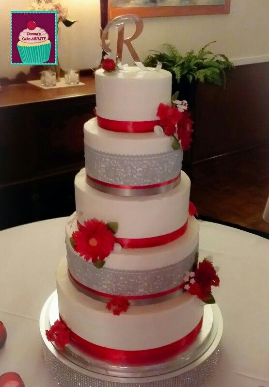 Ohio State Wedding cake Red and gray wedding