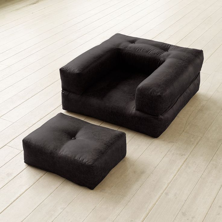 CUBE Chair LIMITED EDITION serie #VINTAGE in variante #Black #design #poltrona #lettogiapponese
