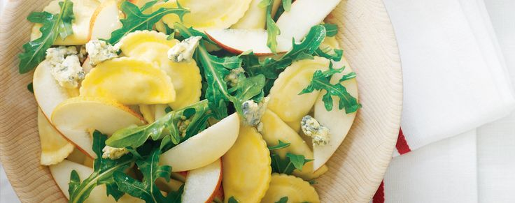 This light and refreshing salad is perfect for summer. Don't miss out!