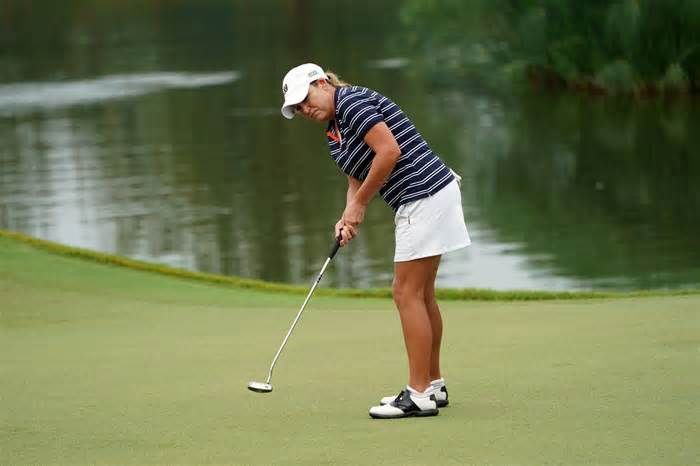 Cristie Kerr holds off youngsters in Malaysia to post 20th LPGA Tour victory Cristie Kerr did not have to wait long to realize her goal of winning an LPGA event in her fourth decade. With a no-doubter 35-foot birdie putt on the 72nd hole of the Sime Darby LPGA Malaysia, Kerr, 40, held off a pair of millenials and a 30-something to ...