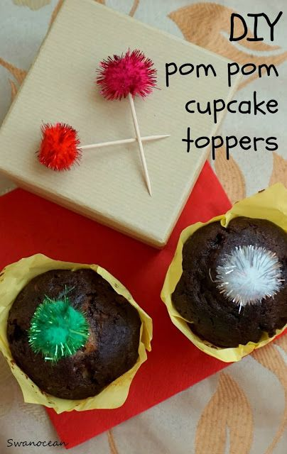 DIY pom pom cupcake toppers-Κάνε μόνος σου διακοσμητικά για cupcakes