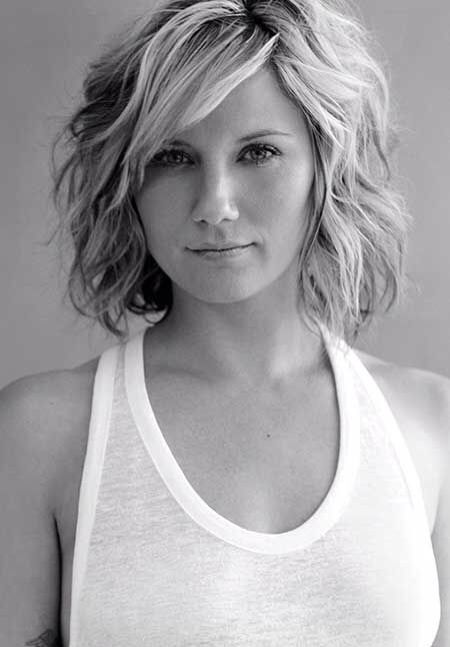 Short Summer Haircuts For Thick Hair : Best 25 wavy thick hair ideas on pinterest messy curls thick