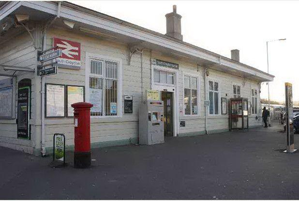South Croydon Railway Station (SCY) in South Croydon, Greater London